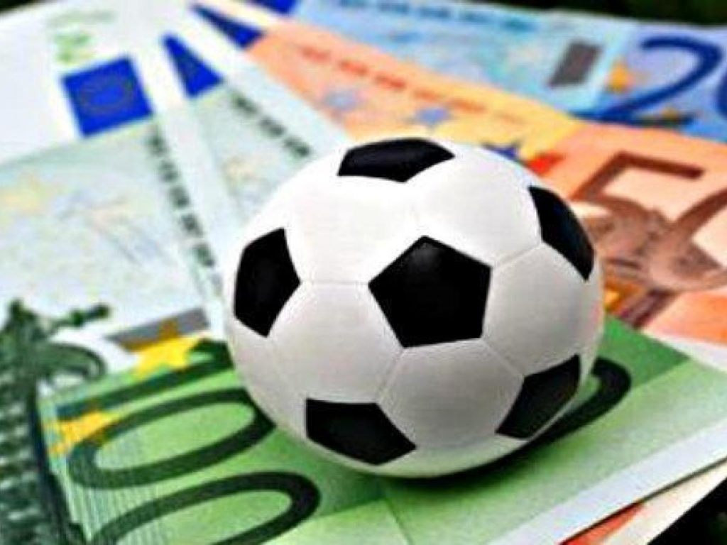 Football Sports Betting - Tips to Keep in Mind While Betting Online